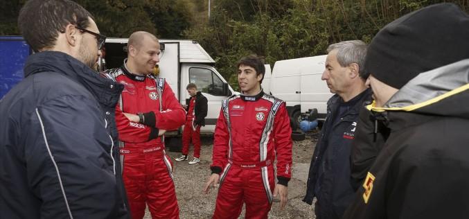 Giuseppe Testa e Fabio Andolfi nel Campionato Mondiale Rally 2015 grazie al progetto ACI Team Italia e alla Pirelli. Parteciperanno a sei gare del Campionato Mondiale con una vettura della categoria R2