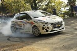 Successo di classe per Max Giannini primo tra le R2B al Rally di Pomarance. Il pilota pistoiese ha archiviato l'ultimo appuntamento stagionale con la vittoria tra le vetture da 1600 cc di Gruppo R