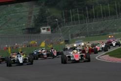 Seconda stagione per l'Italian F.4 Championship Powered by Abarth, che ripropone nel 2015 un calendario di sette tappe. Sale a 100.000,00 € il montepremi, accrescendo l'interesse dei piloti
