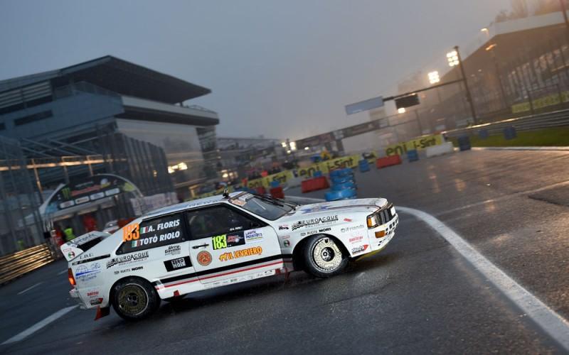 Totò Riolo navigato da Alessandro Floris star dello spettacolo all'autodromo brianzolo dove ha esaltato la vettura su un fondo non congeniale alla 4×4 tedesca, concludendo al terzo posto in classifica generale