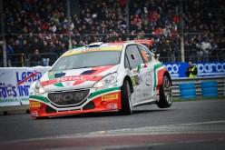 La Peugeot 208 T16 Tricolore festeggia vincendo il MonzaRallyShow 2014 nella la categoria R5