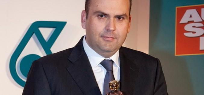 Max Rendina e' Casco D'Oro 2014. Il prestigioso riconoscimento del settimanale Autosprint, consegnato lo scorso fine settimana, chiude il cerchio di una stagione indimenticabile