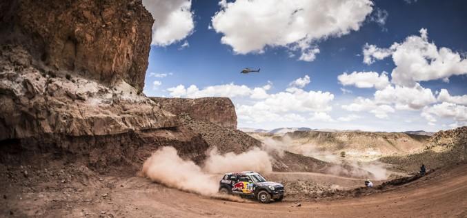 Mini celebra il suo quarto successo consecutivo al Dakar Rally. Nasser AL-Attiyah trionfa con la MINI ALL4 Racing