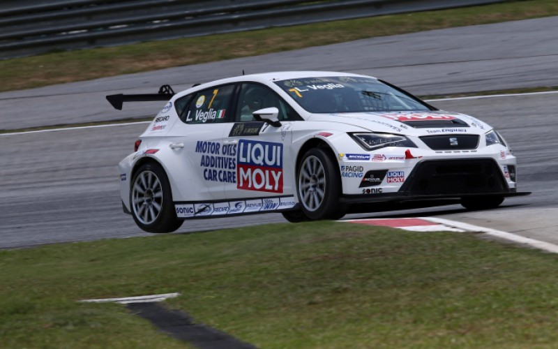 "Lorenzo Veglia nel ""TCR International Series"": esordio convincente a Sepang"