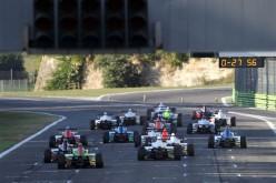 A Vallelunga accelerano i test della F.4 con 6 team e 14 piloti