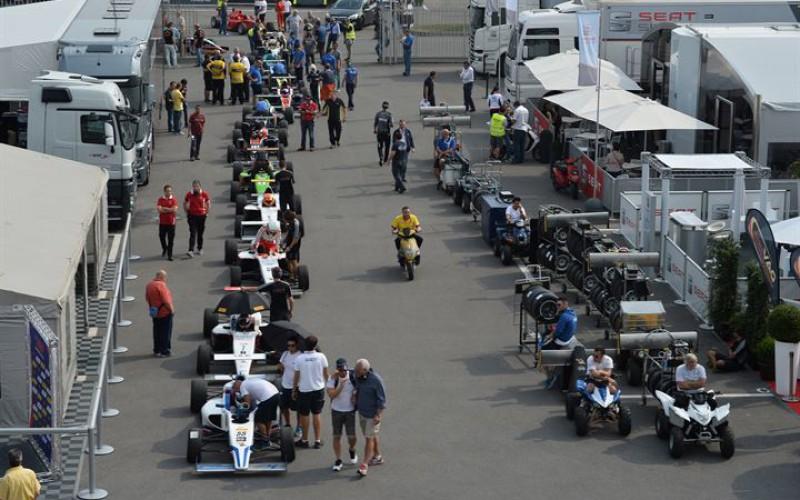 28 piloti di 17 nazioni nella giornata di test a Monza