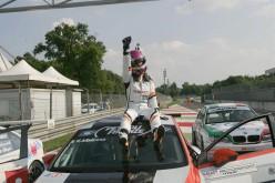 Valentina Albanese (Seat Leon TCR) bissa, Meloni-Tresoldi (BMW M3) si consolano con il primato di Divisione