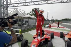 Doppietta dell'inarrestabile Guan Yu Zhou nell'Italian F4 Championship
