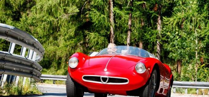 Fabio Aru guida l'Alfa 4C Spider alla Cesana – Sestriere