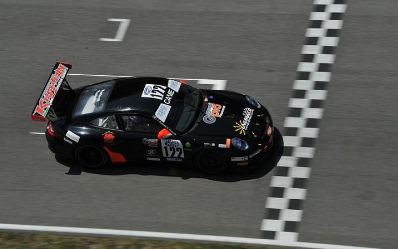 Luca e Nicola Pastorelli, terza vittoria per puntare al titolo GT Cup