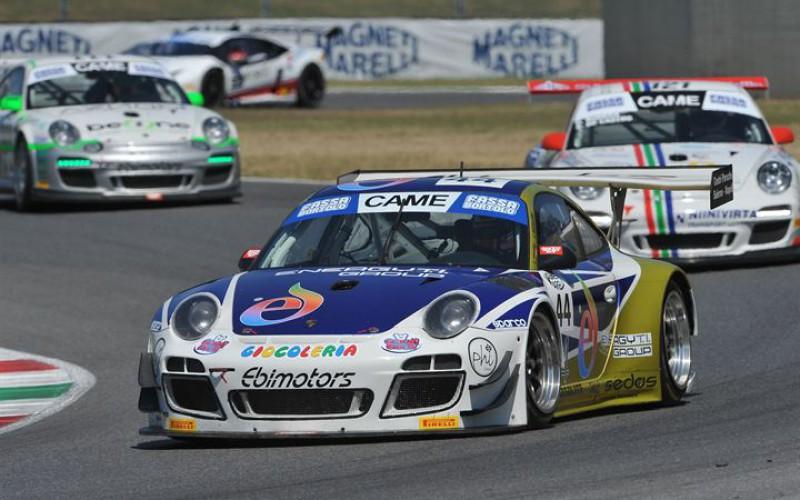 Donativi-Postiglione (GT3) e i fratelli Pastorelli (GT Cup) vincono gara-1 al Mugello