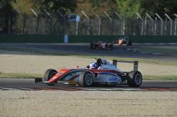 A Imola F.4 e Prototipi danno spettacolo assieme al Ferrari Challenge