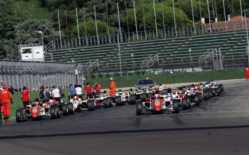 Formula 4 2016: sette appuntamenti di gara su autodromi di altissimo livello