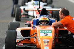 Il team Kfzteile24 Mucke Motorsport ufficializza i quattro piloti per l'Italian F.4 Championship