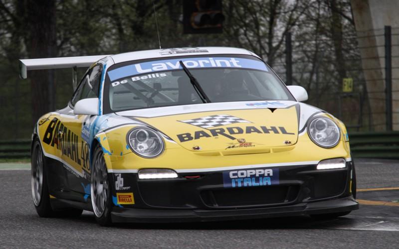 Debutto stagionale in grande stile per DB Motorsport a Imola