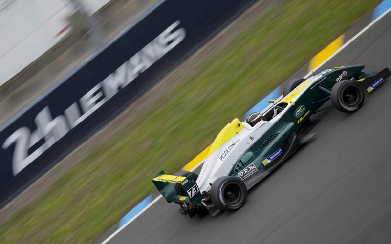 Peccenini sempre competitivo all'esordio a Le Mans nel VdeV