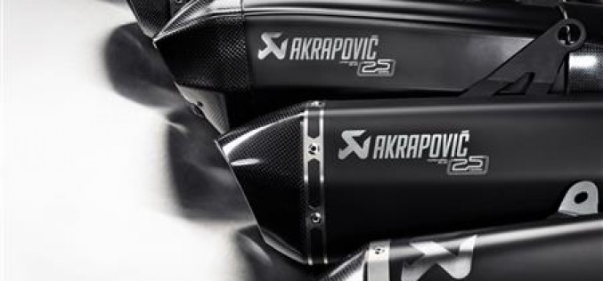 Lancio di una nuova edizione super-limitata di impianti di scarico per festeggiare i 25 anni di Akrapovič