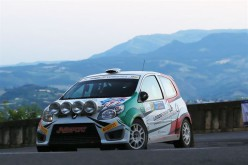 Trofeo Twingo R2 Terra: Una Tappa a testa per Nerobutto e Matteuzzi al 44 San marino Rally