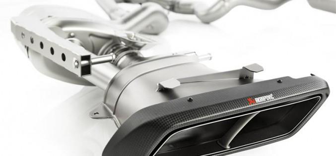 Akrapovič aggiunge un nuovo impianto alla collezione Mercedes-AMG