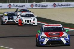 Imerio Brigliadori, per il terzo posto di Campionato Italiano Turismo TCR  sarà duello fino all'ultimo round