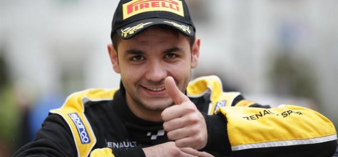 Luca Panzani pronto a tenere alti i colori Renault in occasione del Rallye Monte Carlo