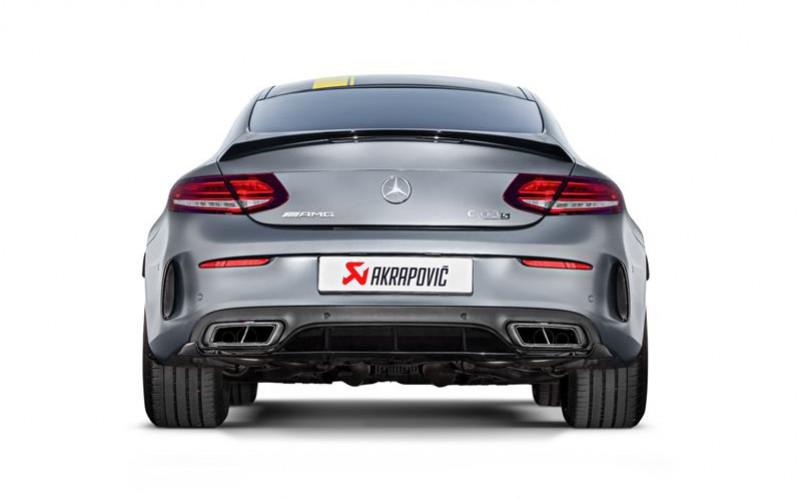 Akrapovič aggiunge la coupé alla stupefacente serie C 63 della Mercedes-AMG