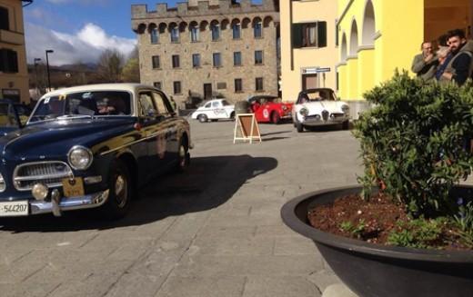 Pierluigi Fortin e Laura Pilè su Fiat 600 in cima alla Rievocazione Storica del Gran Premio del Mugello