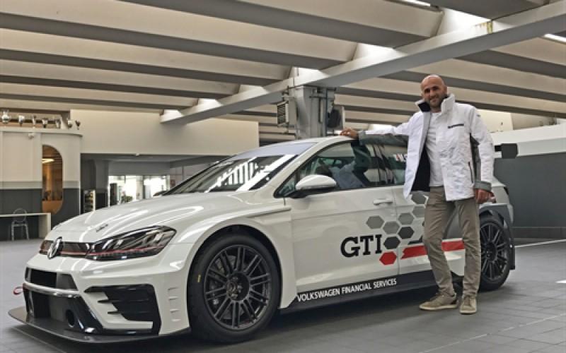 È Massimiliano Gagliano il pilota della Volkswagen Golf GTI al via del TCR Italy Touring Car Championship