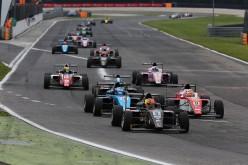 Ad Adria, nel secondo ACI Racing Weekend è dominio di Eric Scalvini. Colombo e Lorandi si dividono le vittorie in F.4. Liana primo in TCS