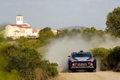 Neuville (Hyundai) è il primo leader del Rally Italia Sardegna