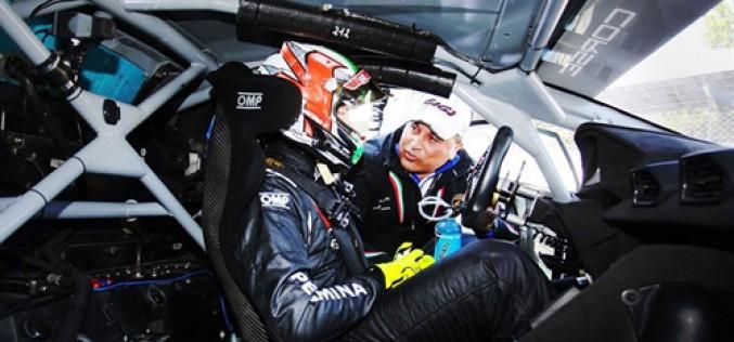 Kikko Galbiati affianca Lorenzo Veglia al volante della Lamborghini Huracan  nella classe Super GT3