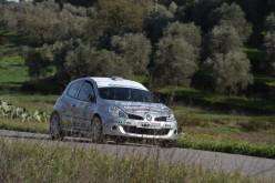 Il 4° Rally delle Colline Metallifere e della Val di Cornia è di Marino Gessa e Salvatore Pusceddu su Renault Clio R3C