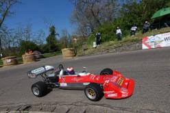 Peroni su Martini Mk32 firma la 22^ Lago Montefiascone