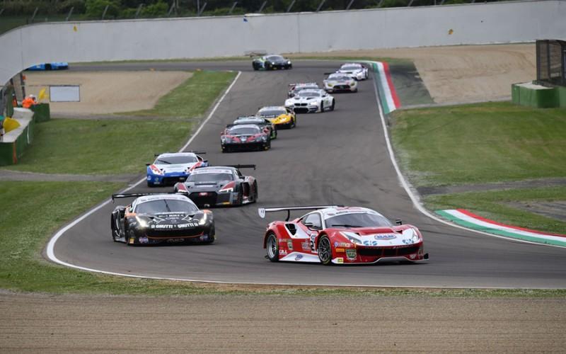 Scatta dall'autodromo Imola la 16^ edizione del Campionato Italiano Gran Turismo