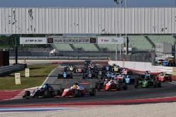 Fittipaldi 3 pole, 3 vittorie e nuovamente in testa al campionato